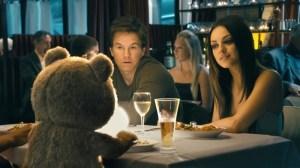 Mila Kunis e Mark Wahlberg