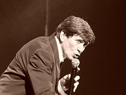 Gianni Morandi (Wikipedia)