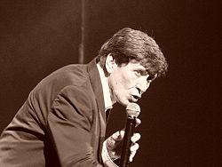 Gianni Morandi (Wikipedia)
