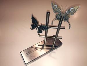 """Il premio """"La farfalla di ferro"""" (disegno di Mirko Finessi)"""